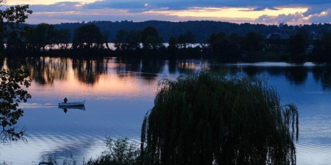 Seenplatte 660x330 - Das eigene Ferienhaus ist 2021 gefragt ...