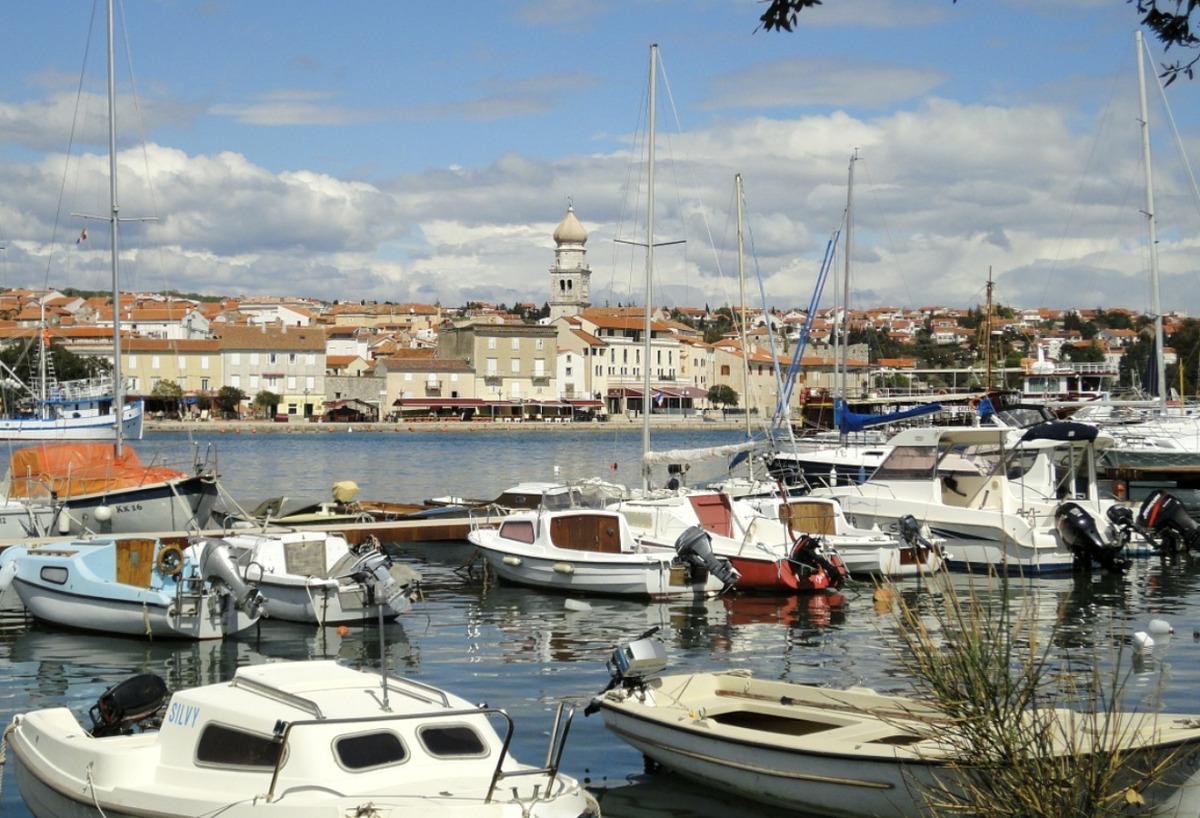 Kroatien entdecken – vom Meer aus mit der Yacht